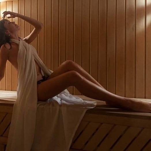 Можно ли ходить в баню при ангине и как она влияет на больного?