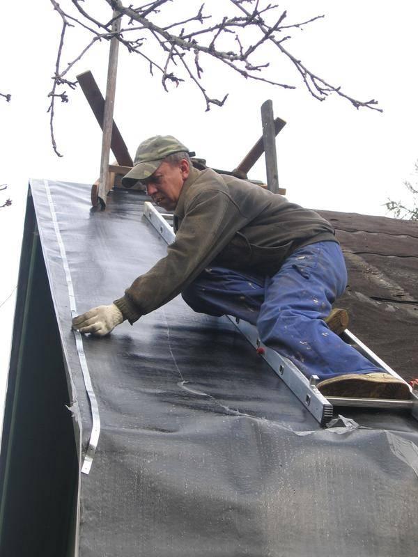 Чем лучше покрыть крышу дома – как выбрать кровельный материал