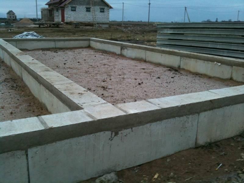 Можно ли использовать пеноблоки для строительства фундамента