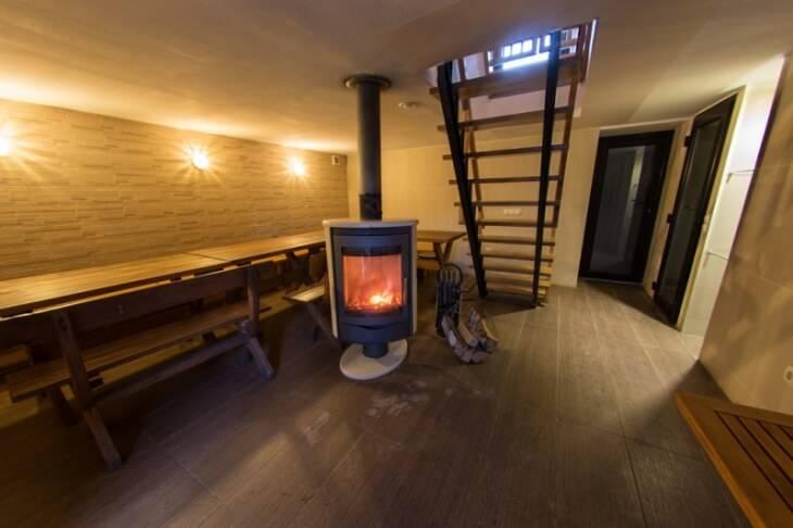Баня в цокольном этаже частного дома: проекты и планировка сауны в подвале
