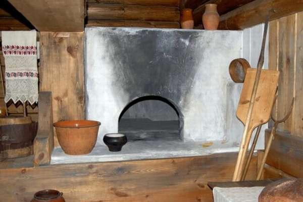 Крестьянская мебель и утварь