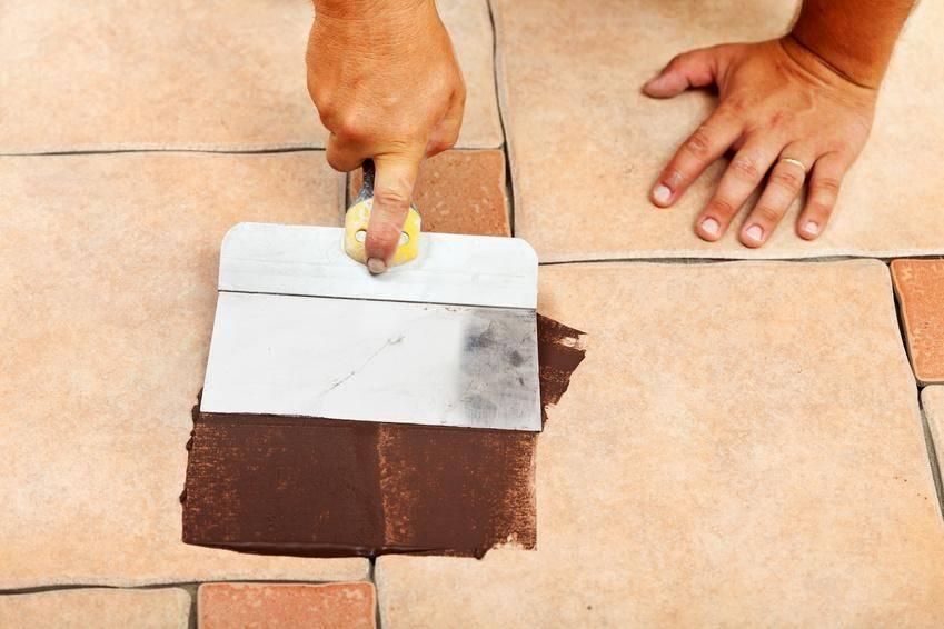 Как подобрать затирку для напольной плитки: полезные рекомендации