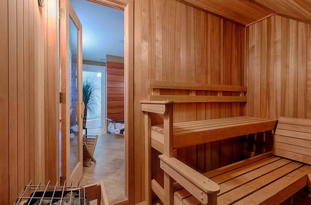 Дом с баней под одной крышей - фото хозяйского и гостевого садового домика, одноэтажного и двухтажного; планировка садового дома с баней