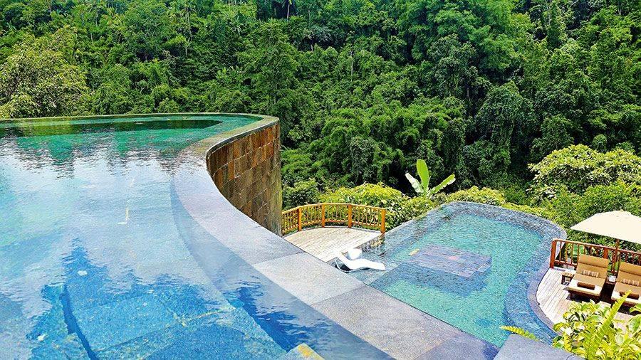 10 красивейших природных бассейнов в мире, где можно поплавать