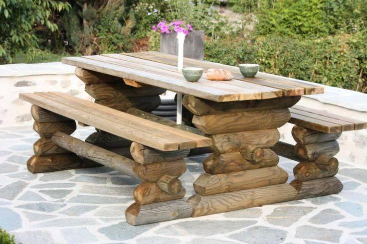 Надежная садовая мебель для отдыха из бревен своими руками