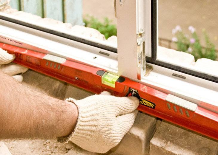 Установка пластиковых (пвх) окон в доме или квартире: пошаговая инструкция для монтажа своими руками   фото & видео