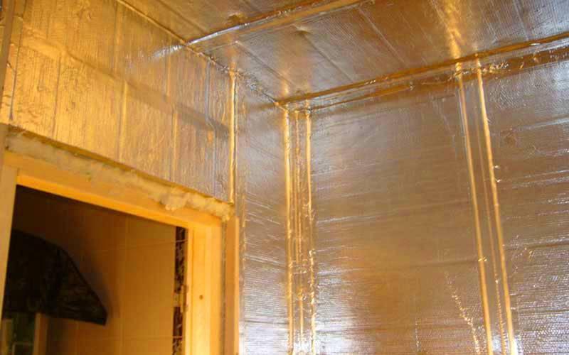 """Особенности фольги для бани: """"жаркая"""" теплоизоляция"""