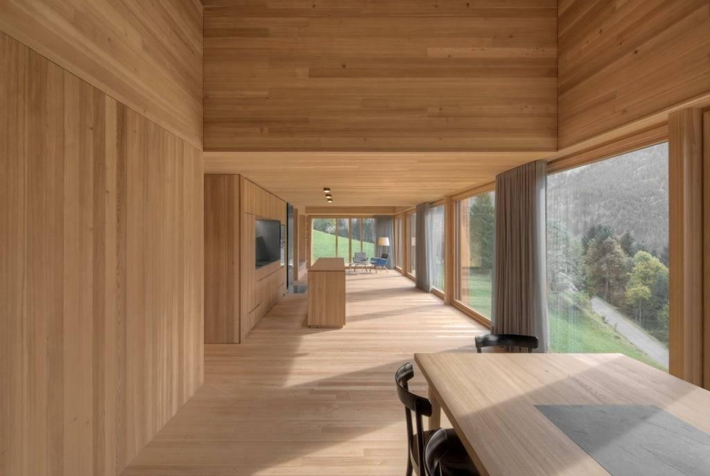 Блок хаус или имитация бруса – преимущества и недостатки отделочного материала