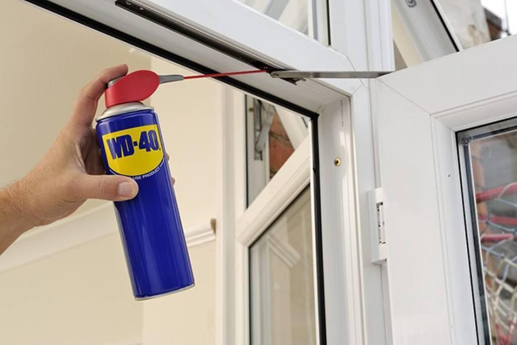 Почему потеют окна в квартире и как избавиться от конденсата