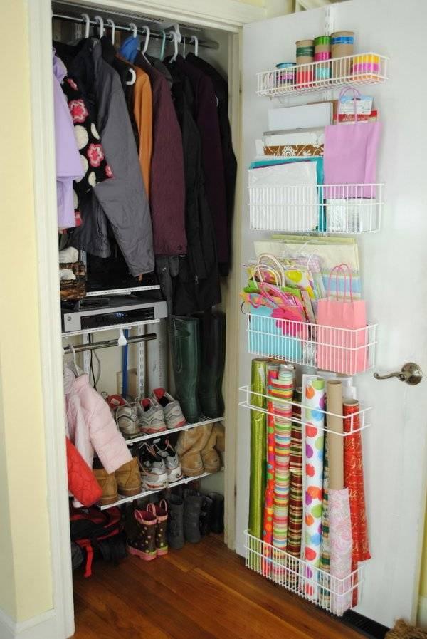 Как лучше хранить вещи в шкафу