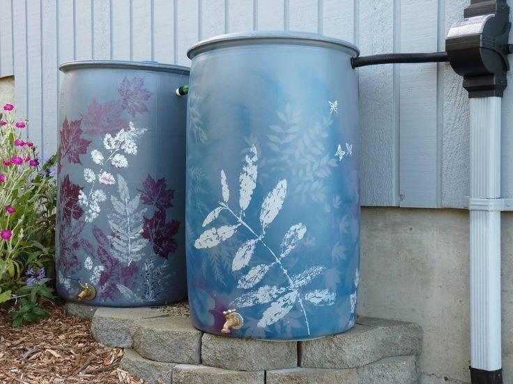 Как декорировать металлическую бочку: варианты оформления, как подготовить к покраске, сделать трафарет, нанести рисунок, сделать из бочки клумбу