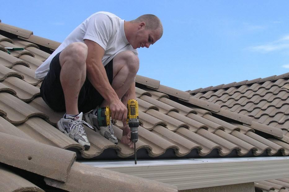 Чем лучше накрыть крышу дома, какой материал выбрать, фото и видео инструкции