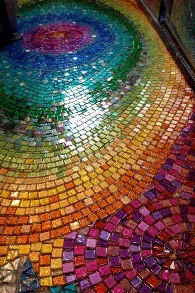 Как клеить плитку мозаику на пол в ванной и технология укладки