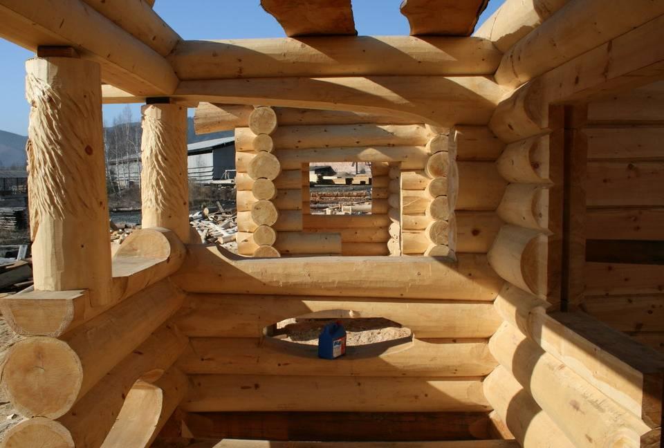 Какой материал выбрать для строительства деревянного дома