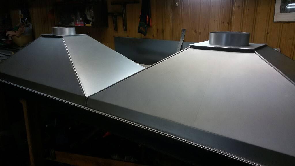 Вытяжка над мангалом в беседке своими руками: как сделать дымоход из металла или из кирпича, расстояние и высота, материалы и инструменты