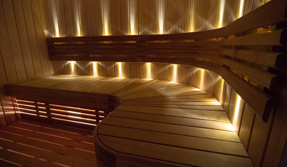 Как выбрать и установить влагозащищенные светильники для бани и сауны