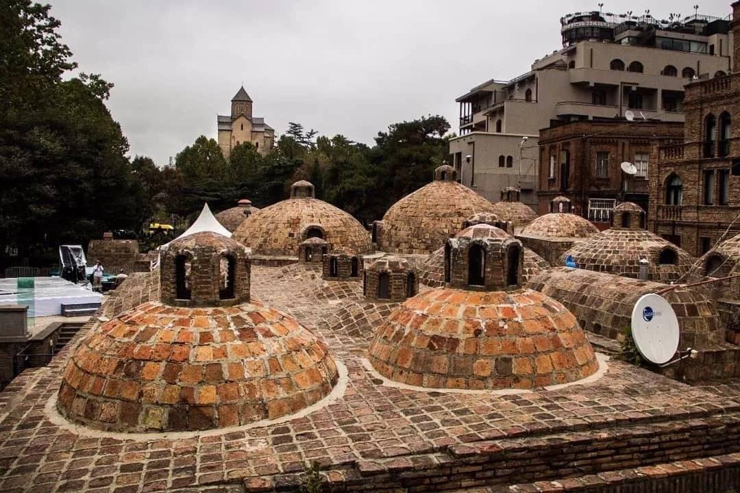 Серные бани – достопримечательность тбилиси