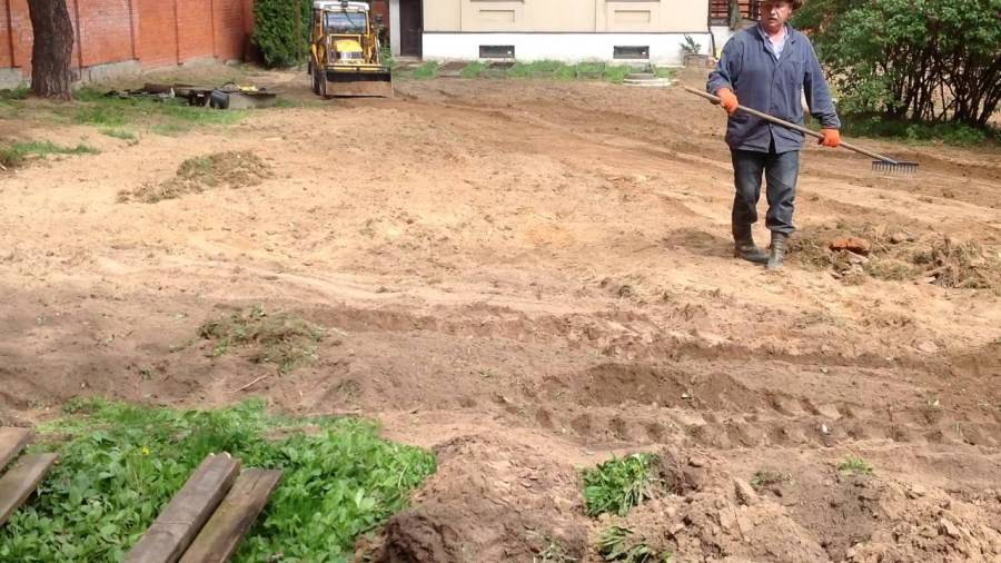 Как выровнять участок на даче: выравнивание земли