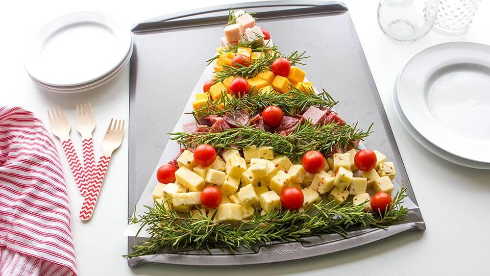 Бюджетный праздничный стол за 2500 р — 10 простых рецептов