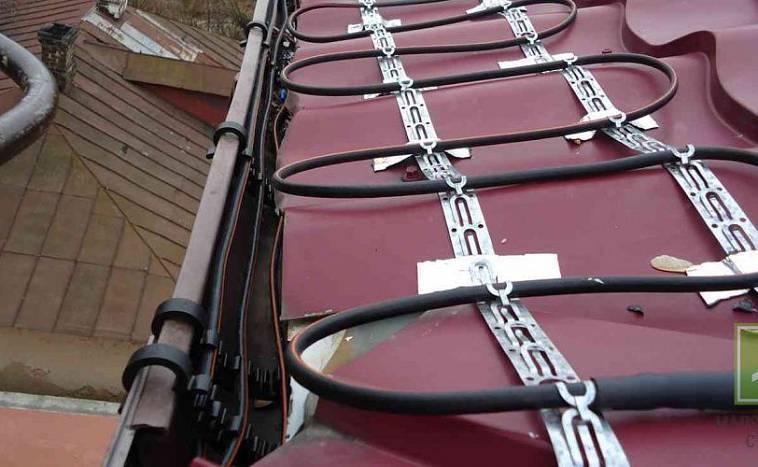 Как выбрать греющий кабель для обогрева крыши и водостоков?
