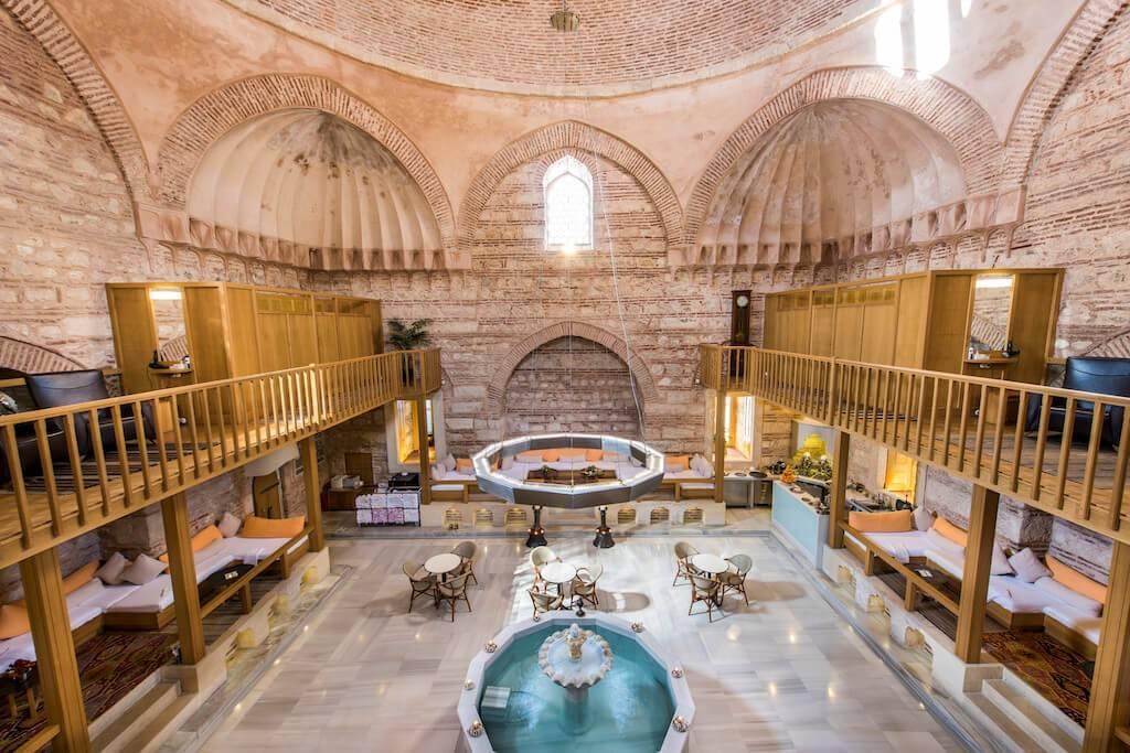 Самые необычные и красивые бани мира