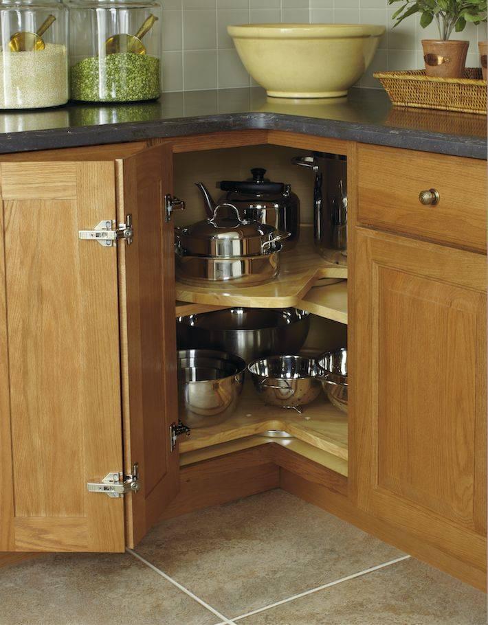 Планировка и дизайн угловой кухни — как удобно разместить мебель и технику (+50 фото)