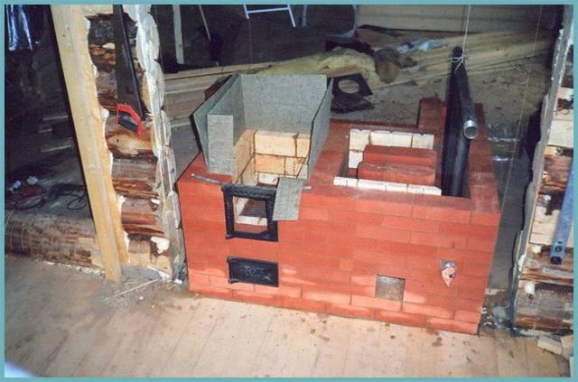 Делаем печь с встроенным котлом водяного отопления из подручных средств
