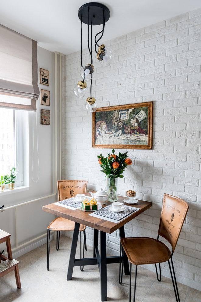Обеденный стол в маленькой кухне в хрущевке - 34 идеи с фото