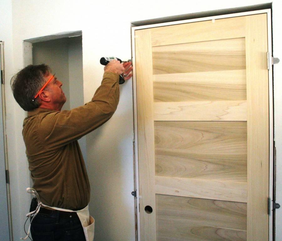 Устанавливаем межкомнатные двери самостоятельно: пошаговая инструкция