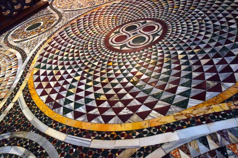 Мозаика из плитки: как сделать своими руками, подробная инструкция по особенностям работы с битым покрытием, правила укладки и создания узора, фото с примерами