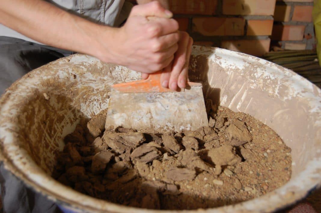 Строим на века! верные пропорции глины и песка для кладки печи