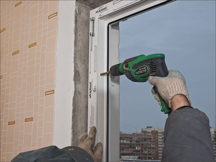 Установка пластикового окна своими руками